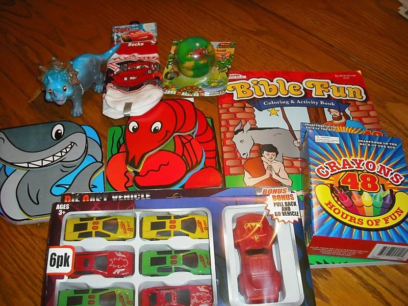 operation christmas child shoebox ideas - Operation Christmas Child Ideas